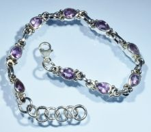 B45-AME-Amethyst Pear Facet Lobster Claw clasp Bracelet