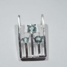 LA4P-TOP Topaz 3 prong in rectangle Pattern Pendant