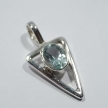 P101-TOP Topaz Arrow Design Pattern Pendant